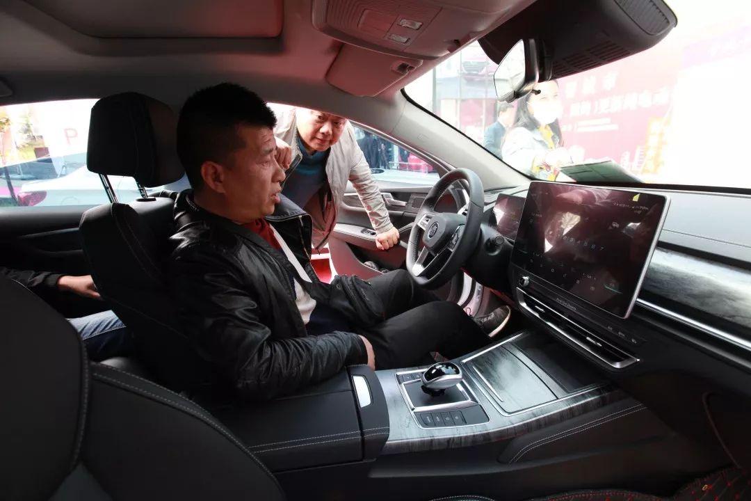 晋城新政!出租车更换纯电动,额外再补贴1万元