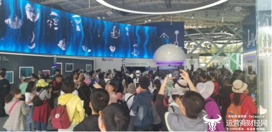 为何这个展馆这么火 曝中国电信5G展馆五一期间游客数超3万