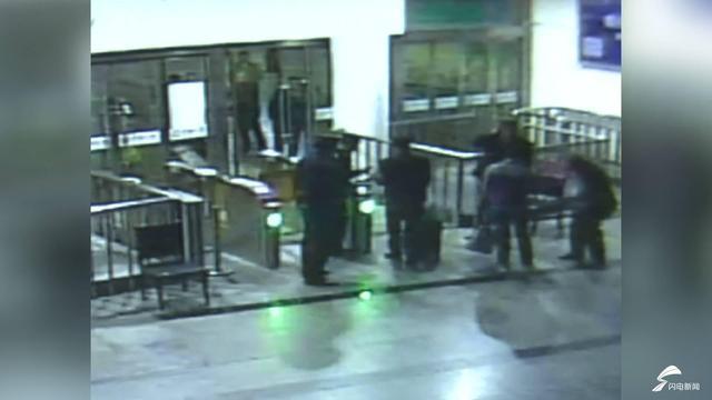 """39秒丨恶意逃票27次 一位旅客""""买短乘长""""在淄博站被查"""