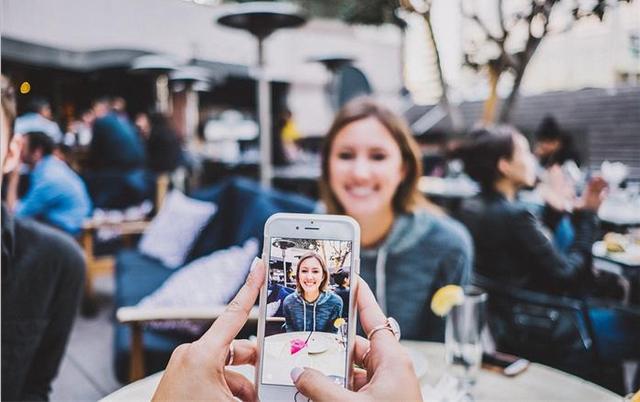 iPhone手机扫描证件照另存为电子版,不用去照相馆还能省几十块钱