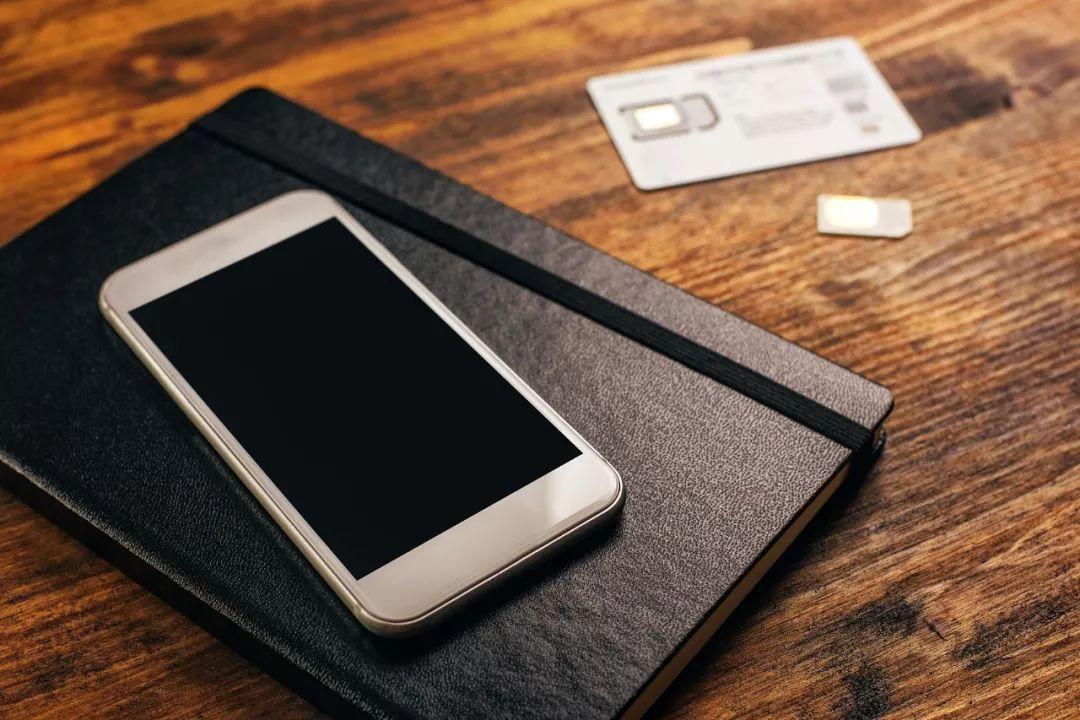 手机不用时,屏幕要朝上还是朝下?难怪你手机老坏!_我要网赚