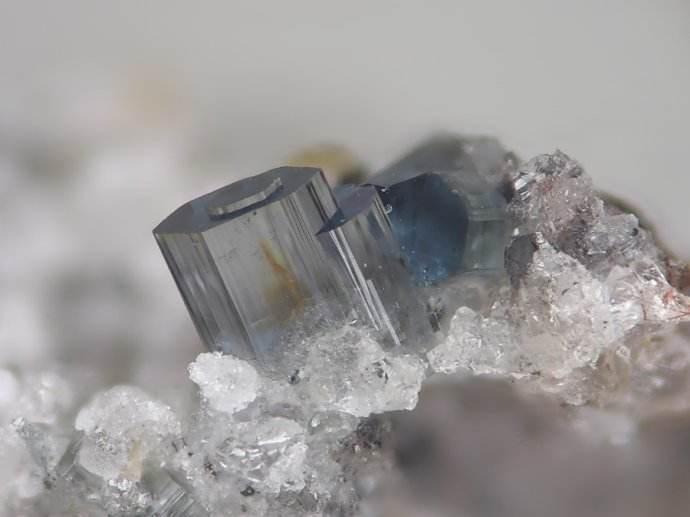 奥林巴斯矿石分析仪 为用户提供完整的材料定性解决方案