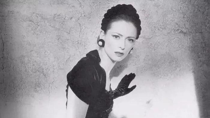 德里克·贾曼的艺术人生_你们难道对复联里的光头女孩不好奇吗?_蒂尔达·斯文顿