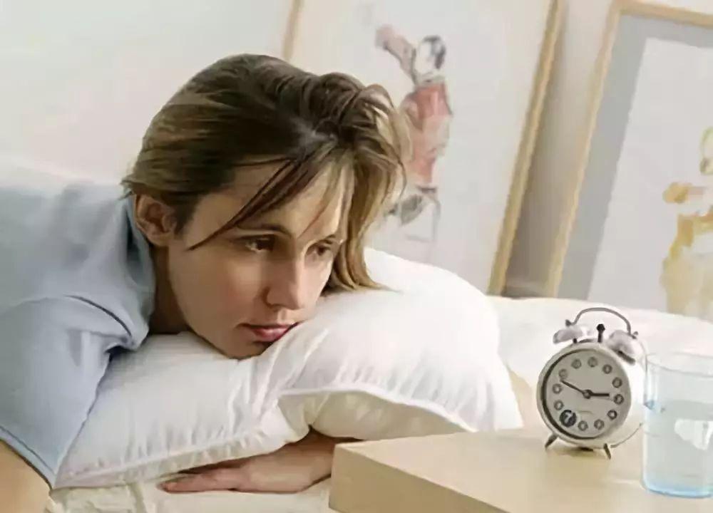 用这个艾绒枕,保你3分钟入睡,睡眠质量好10倍!