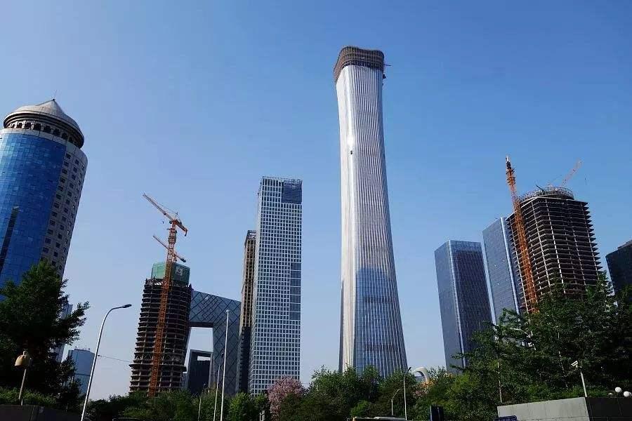 北京第一高楼比中国第一高楼要矮104米,造价却要高出92亿元
