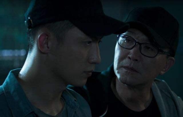 韦其江:向死而生 只为光明——《破冰行动》剧评