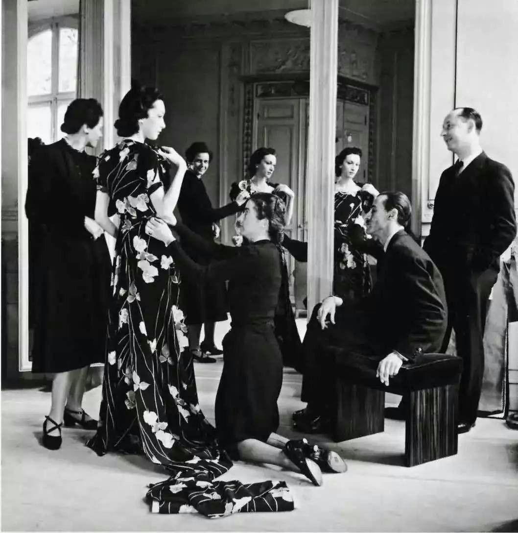 原创             迪奥:挽救巴黎的全球奢侈品之王