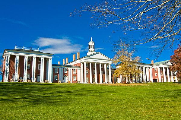 你知道弗吉尼亚大学的托福要求吗
