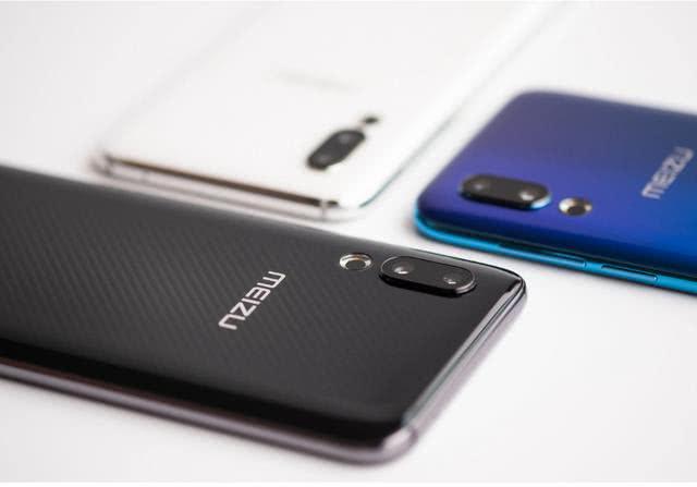 原创             可以说是上半年配置最厚道的国产手机,三款值得拥有的旗舰手机