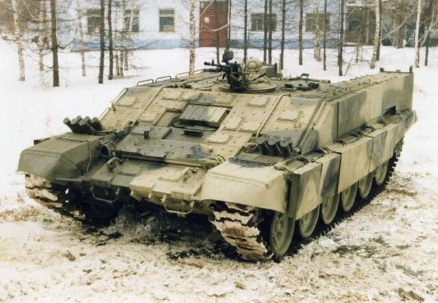 只有一挺机枪也敢叫坦克?俄罗斯又研究出什么稀奇古怪的装备了