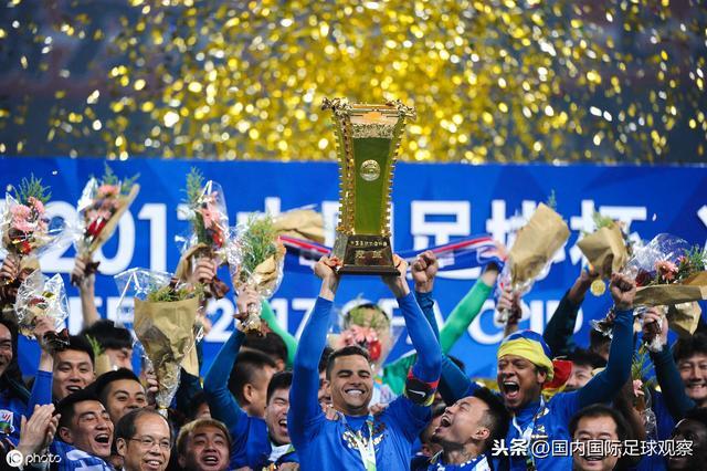 中超再现争议:上海申花遭打击!申花暂0-1天津泰达!漏判点球?