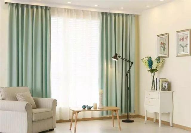 买窗帘时,千万不要挑这种颜色的!很多人挑错,难怪家里显土气!