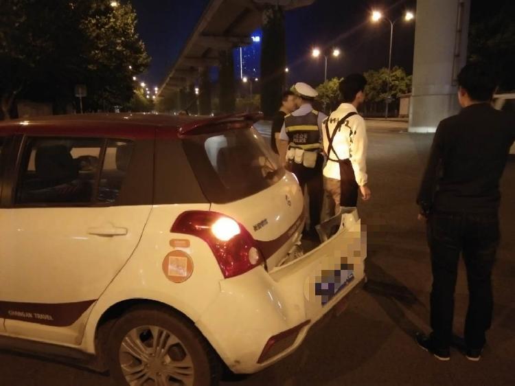 盲目开快车酿车祸,民警巡逻发现快处置