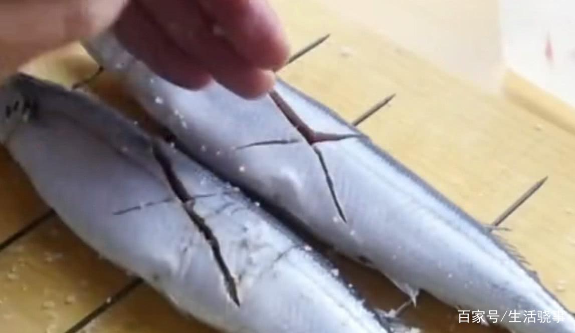 """这鱼被日本朋友称作""""脑黄金"""",每餐都想吃,在国内却没人要(图2)"""