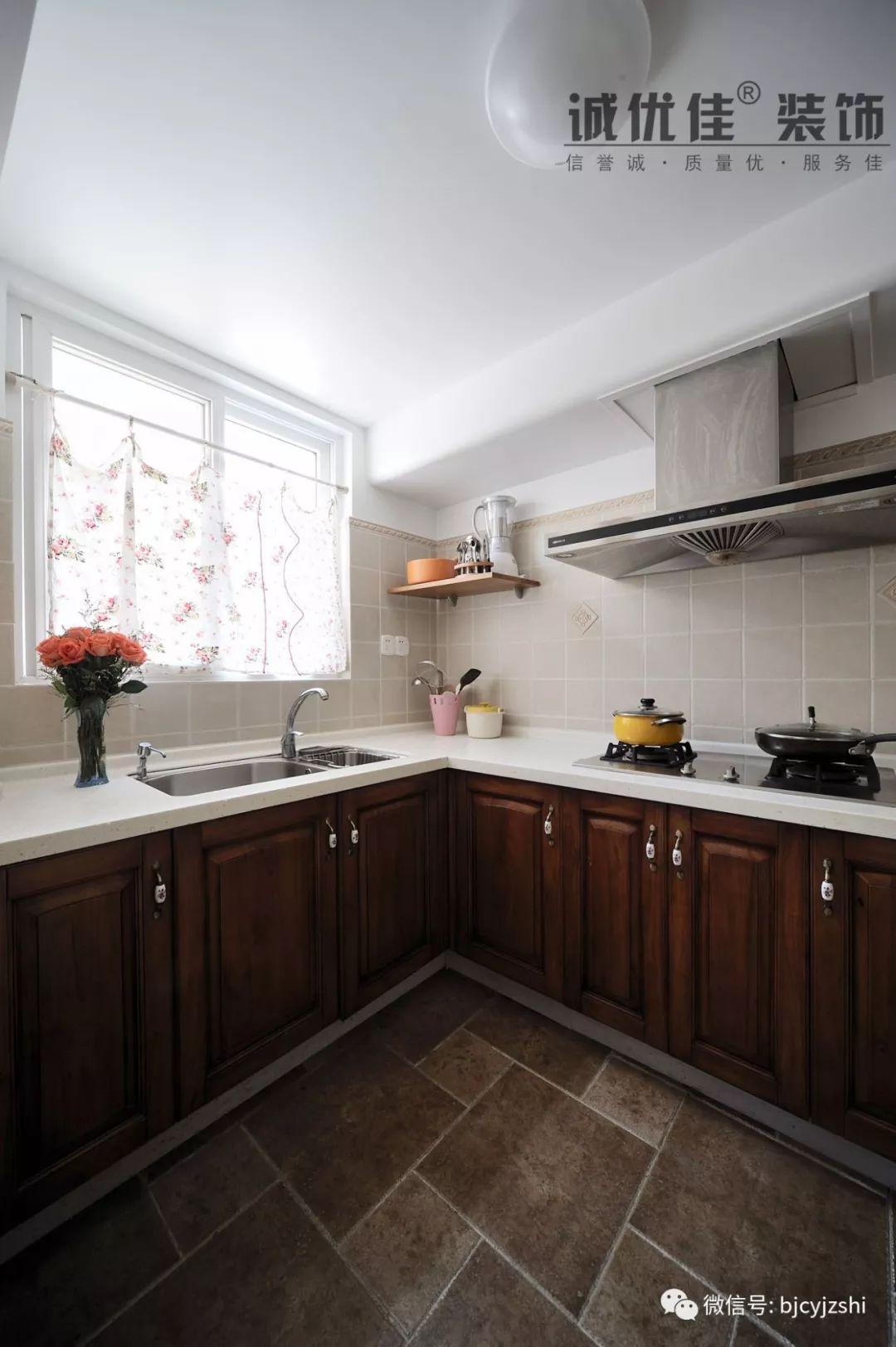 古朴户外厨房装修