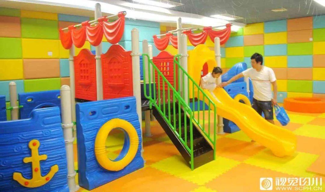 国办发话了:鼓励地方试行育儿假!孩子小于3岁的家长有福了! ,zuoaizhishi