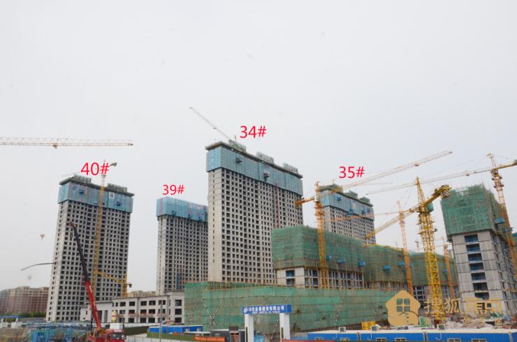 民泰·龙泰贵府实景探盘 别墅产品全部使用干挂大理石幕墙