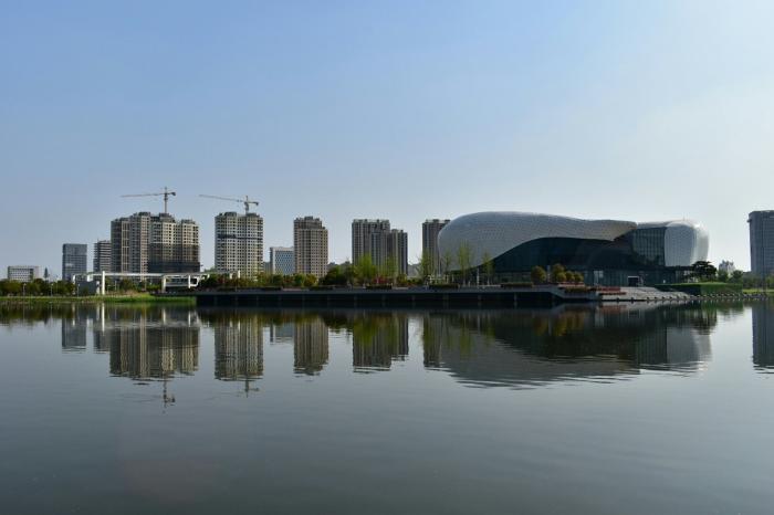 江苏最憋屈的县级市,西连昆山,南临上海,经济强大却没名气