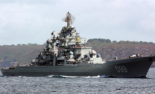 全球最强巡洋舰!满载26000吨使用核动力,舰载武器让人眼花缭乱