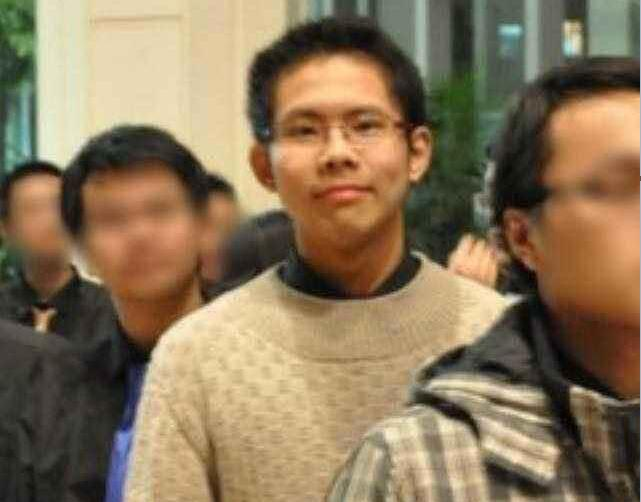 北大学子弑母吴谢宇的另类人生:他讨好所有外人,却唯一憎恨母亲