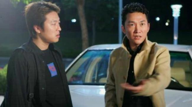 张子强的座驾是兰博基尼,可是电视剧插翅难逃为什么用奔驰?