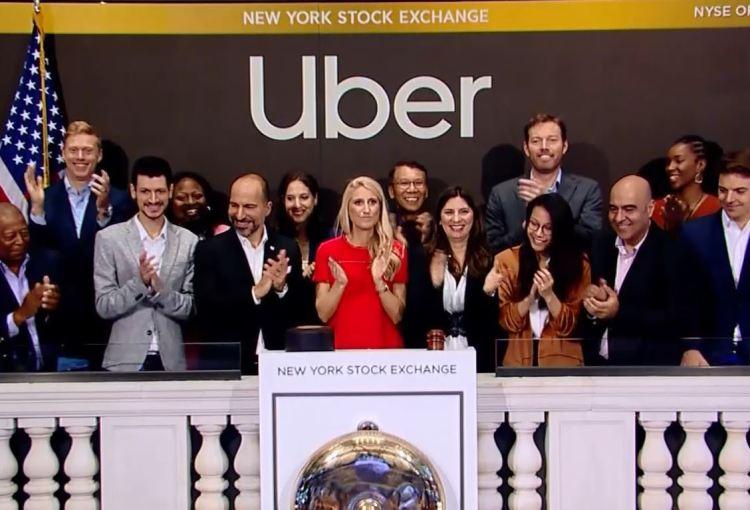 Uber上市敲钟,司机上街游行
