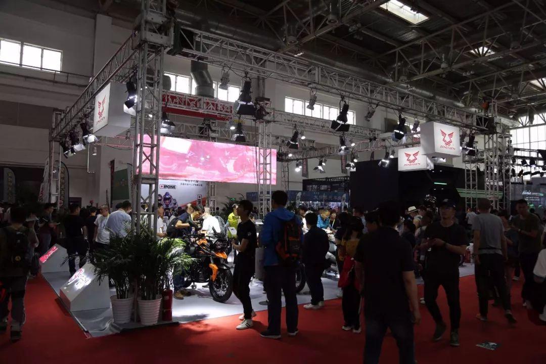 【北京摩展】双缸650发动机成焦点,宗申、赛科龙、森蓝多款车亮相北京摩展