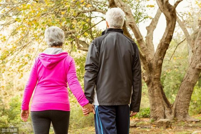 长寿的人,一般有这4个共同特点,医生:拥有其中2个您都会更健康