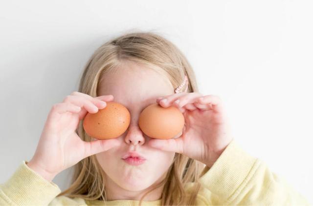 2歲前,請逼孩子養成這5個好習慣,他會感激你一輩子