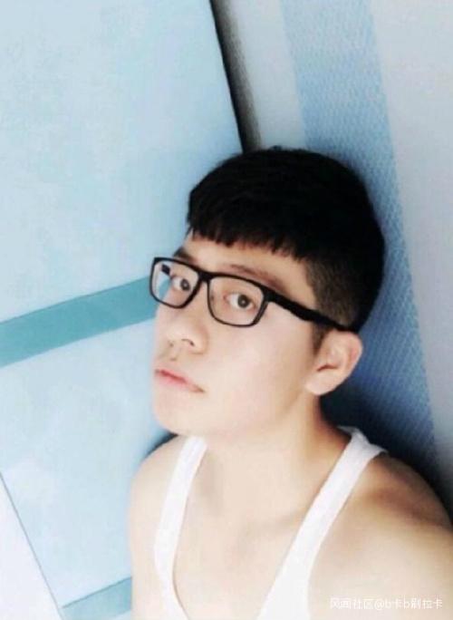 疑炫富被绑 中国留学生的父亲被爆是宗教界的他!