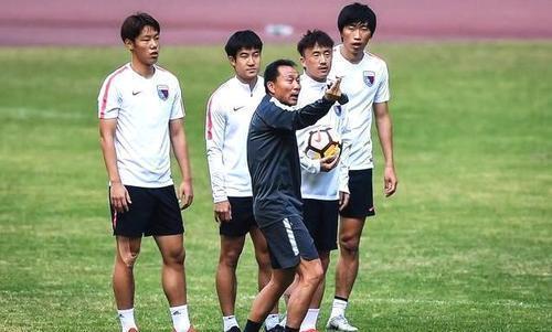 沈祥福被批敷衍政策?天津天海U23门将替补打前锋 3分钟后被换下