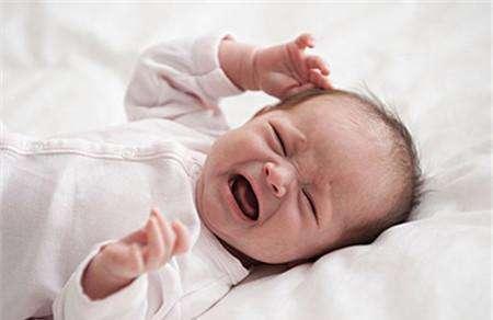 新生兒出生後會經歷什麼?短短十分鐘,已經幹完了六件大事