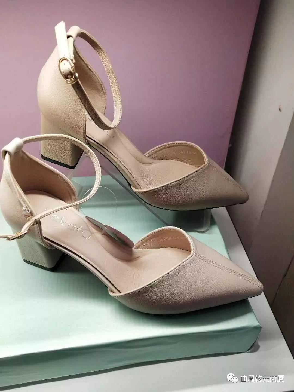 柯卡芙女鞋价格怎样?