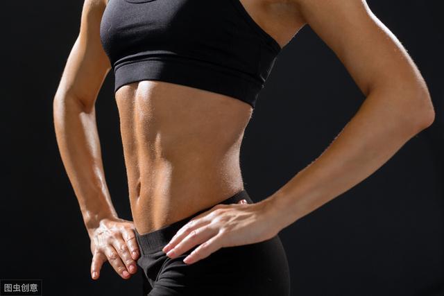 """女人这2部位""""发胖"""",可能是子宫出现小毛病,一昧减肥没用的!"""