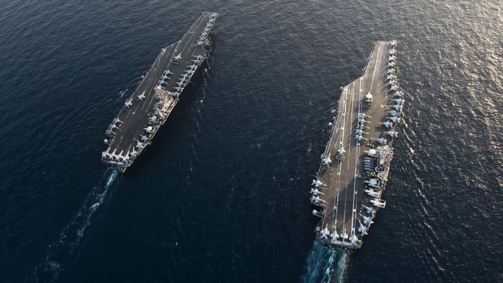 美軍艦和轟炸機聚集伊朗海岸附近後,蓬佩奧:我們的目標不是戰爭_部署