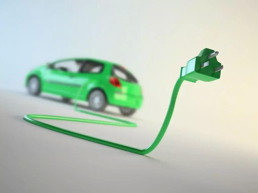 4月新能源市场走红,但隐忧也不少