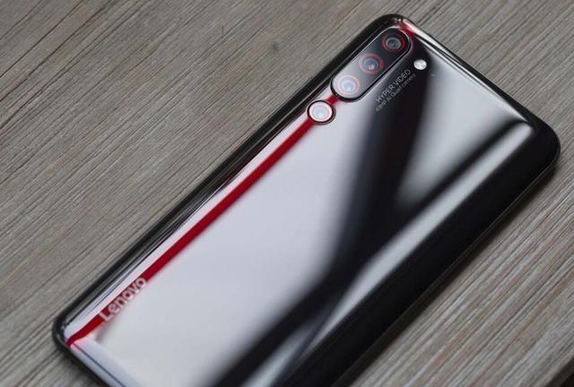 """安兔兔戳中联想""""软肋"""",手机样本还不足1千台,杨元庆作何感受"""