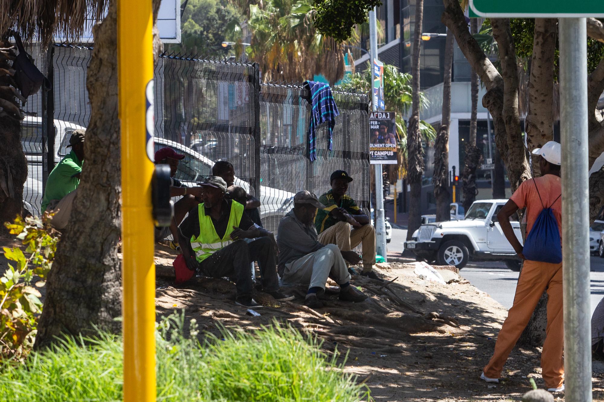 原创             曾经的非洲唯一发达国家:如今1/4人口失业,710万人患上艾滋病