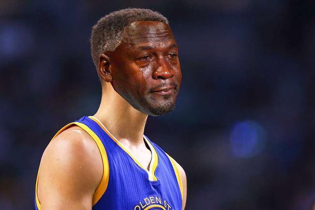 """原创             NBA季后赛""""沙雕新闻"""":马刺6打5裁判没发现 小斯凭本事争取轮休"""