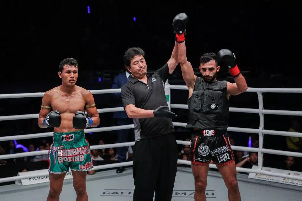 2019年5月17日ONE踢拳8人赛 乔治vs莫拉克 [视频] Petrosyan vs. morrakot