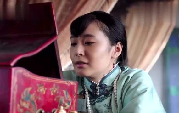 张作霖是东北王,6个女儿中却有人嫁给傻子,还有人嫁给精神病!