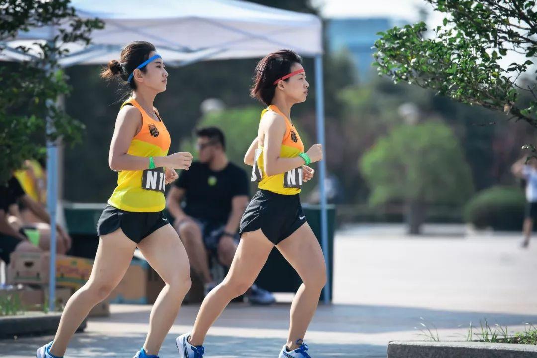 喜欢穿什么颜色的衣服,就是什么样的跑者,超准!