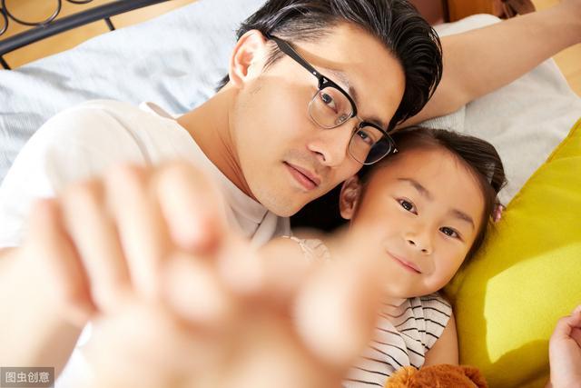 这4种不孝的行为,你是否当着孩子的面还在做,建议改改!