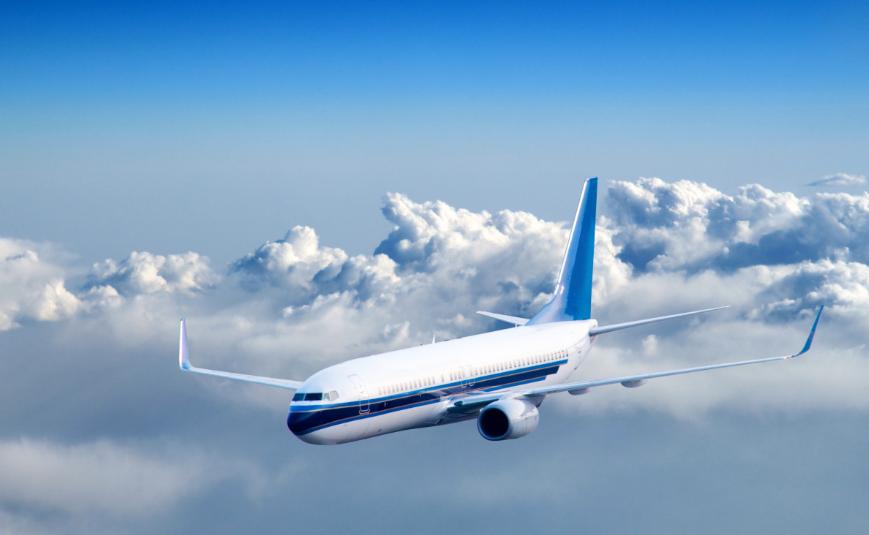 为什么飞机在起飞和降落前要打开遮光板