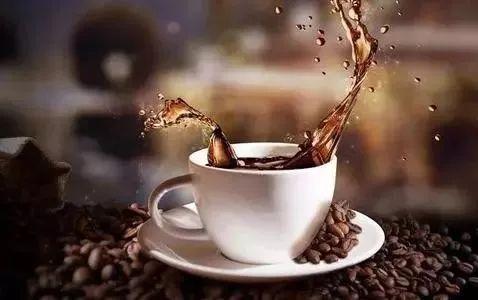 咖啡人均消费_瑞幸咖啡消费券图片