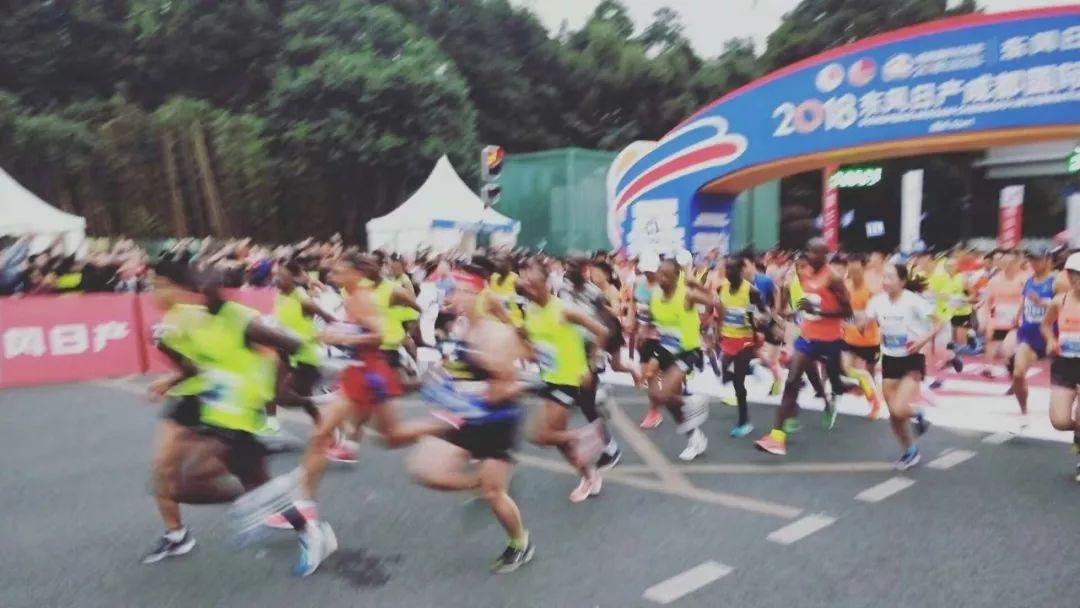 """成马成中国首个被提名""""大满贯候选赛事""""!3万人10月27日开跑!"""