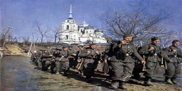 德军大兵压境,苏军最高统帅部为何还会允许西方面军后撤?