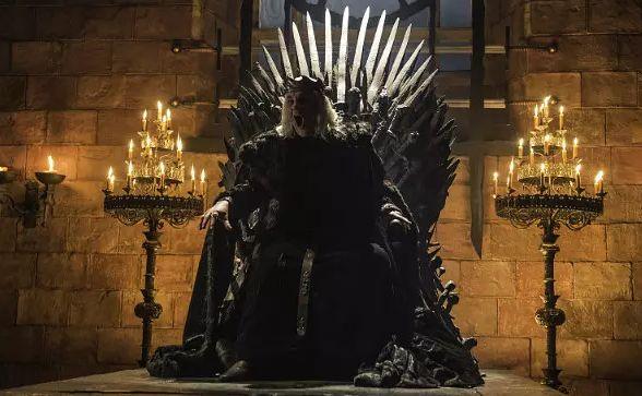 从龙之母到疯女王,只有看懂龙妈,才能真正看懂《权游》大结局