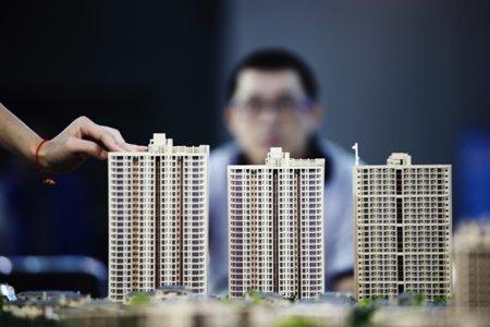 地价不断刷新,房价一定要跟着地价涨吗?
