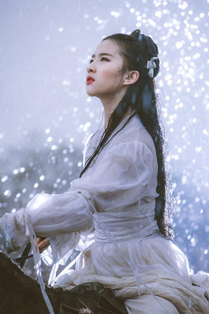 原创古装最美女星鞠婧祎成第一,可网友觉得后面几位都不输她